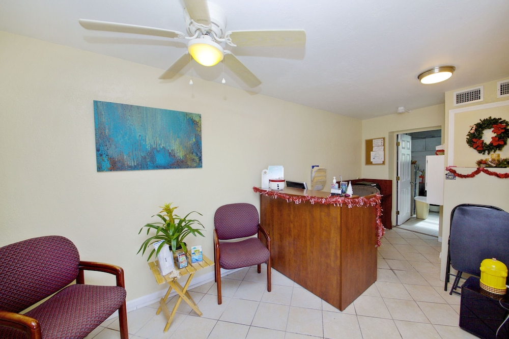 Reception, Daytona Shores Inn and Suites