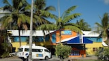 Njoy! Travellers Resort - Hostel - Cairns Hotels