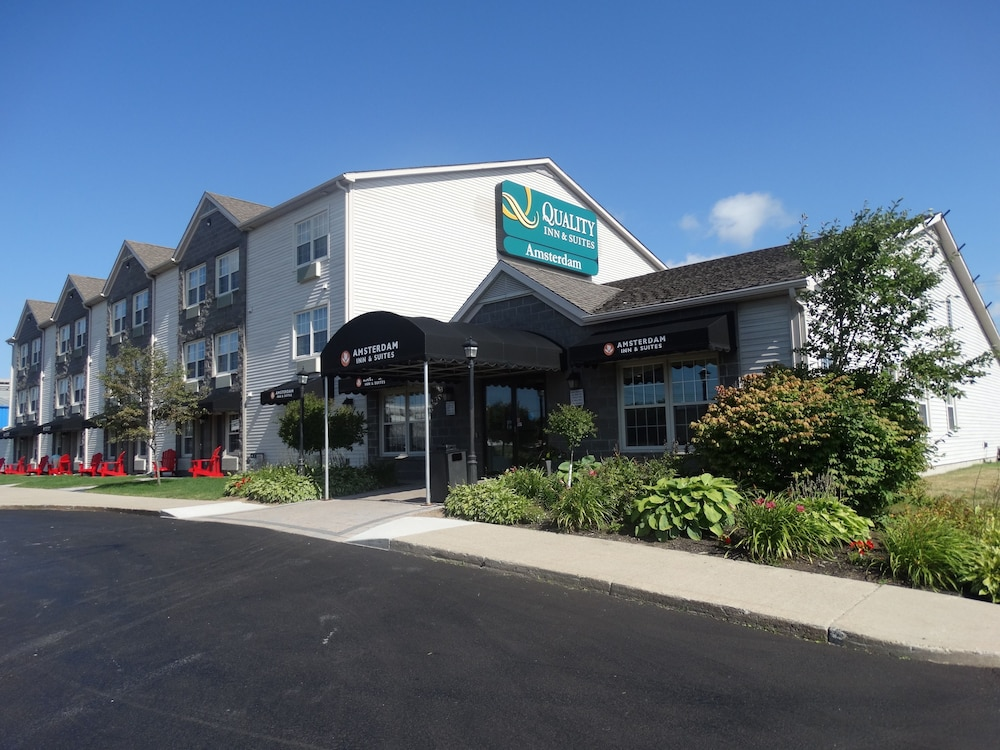 Book Quality Inn Suites Amsterdam Fredericton Hotel Deals