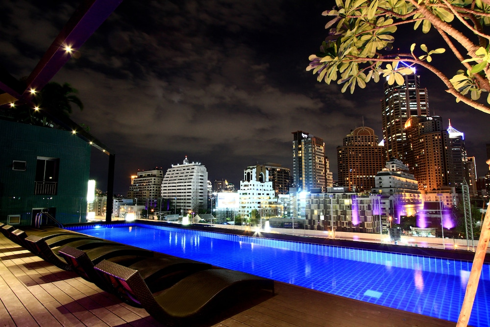 Outdoor Pool, Hotel Icon Bangkok Sukhumvit
