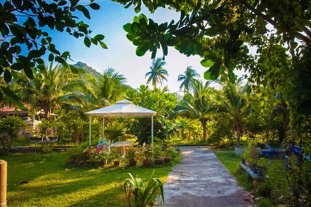 Koh Tao Garden Resort, Koh Tao: 2018 Reviews & Hotel Booking ...