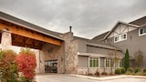 Timber Creek Inn and Suites - Sandwich Hotels