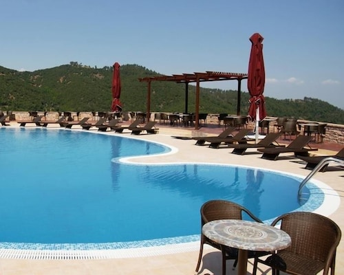 Outdoor Pool, Mouzaki Palace Hotel & Spa