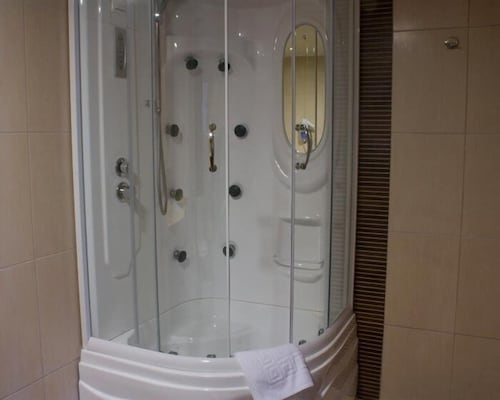 Bathroom Shower, Mouzaki Palace Hotel & Spa