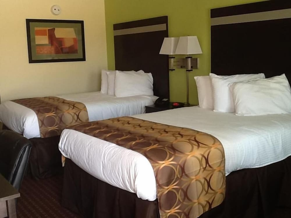 Room, Muskogee Inn And Suites