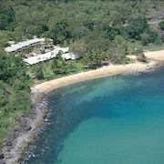 Turtle Cove Beach Resort - Caters to LGBT Guests