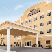 Baymont Inn & Suites Erie