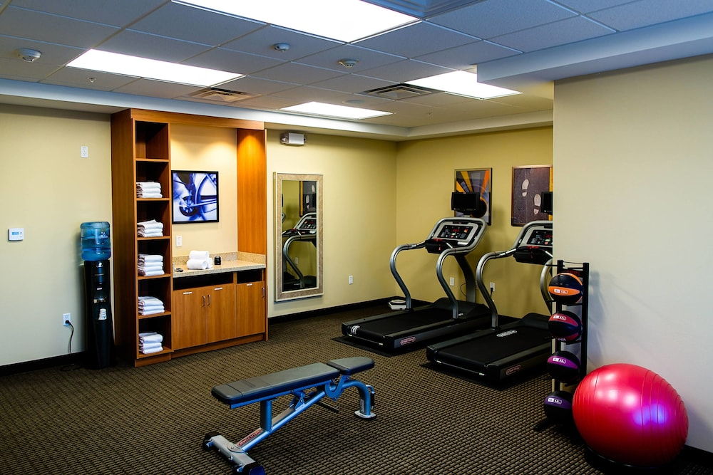 Fitness Facility, TownePlace Suites by Marriott Lancaster