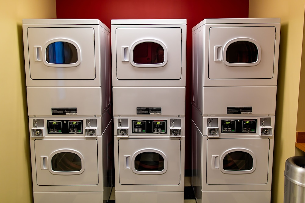 Laundry Room, TownePlace Suites by Marriott Lancaster