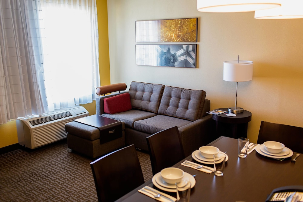Room, TownePlace Suites by Marriott Lancaster
