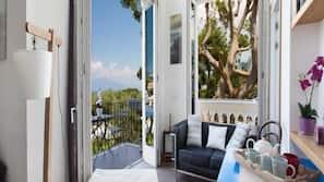 Frette Italian sheets, premium bedding, memory-foam beds, minibar