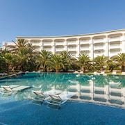 TUI BLUE OCEANA SUITES