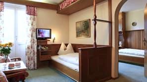 Zimmersafe, schallisolierte Zimmer, kostenlose Babybetten