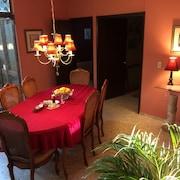 Dickinson Guest House In Guadalajara Hotel Rates Reviews