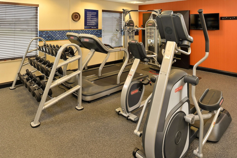 Fitness Facility, Hampton Inn & Suites Harvey/New Orleans West Bank