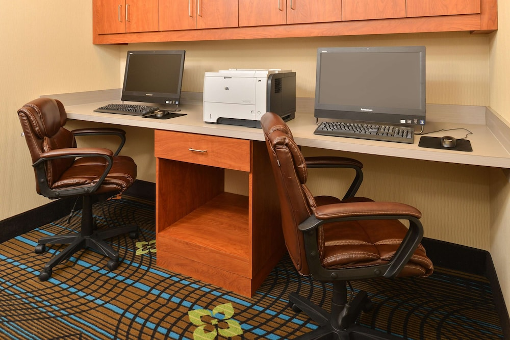 Business Center, Hampton Inn & Suites Harvey/New Orleans West Bank