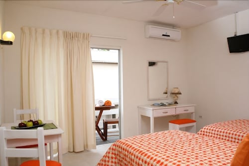 Bonanza Apartments in St  Lawrence Gap   Hotel Rates & Reviews on Orbitz