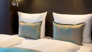 Bettwäsche aus ägyptischer Baumwolle, Allergikerbettwaren, Schreibtisch