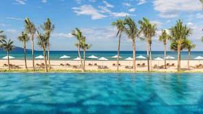 海灘、白沙、免費海灘小屋、躺椅