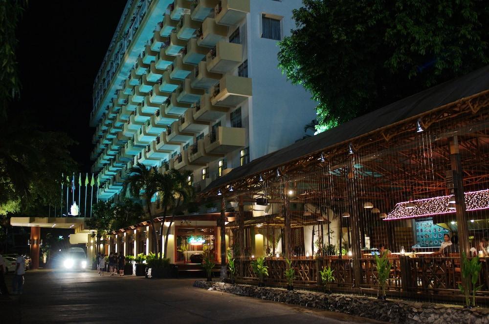 Golden Beach Hotel Pattaya Pattaya Hotelbewertungen 2019 Expedia De