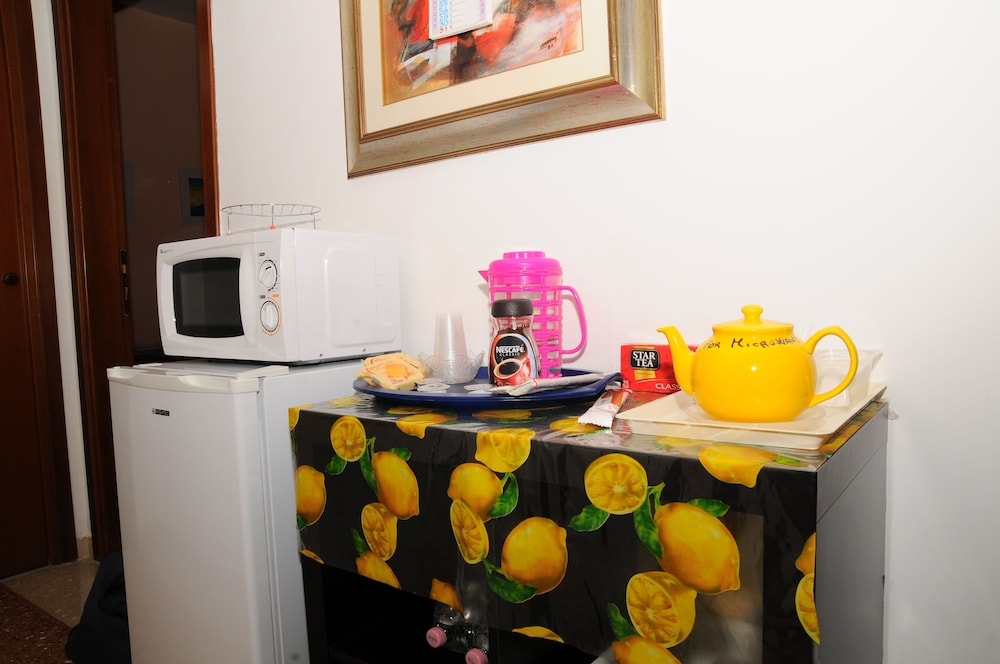 Coffee Service, Altamira B&B