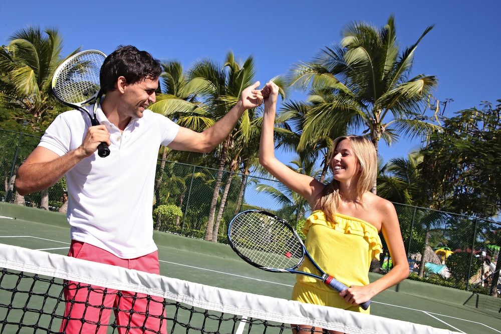 Tennis Court, Bahia Principe Grand Turquesa - All Inclusive
