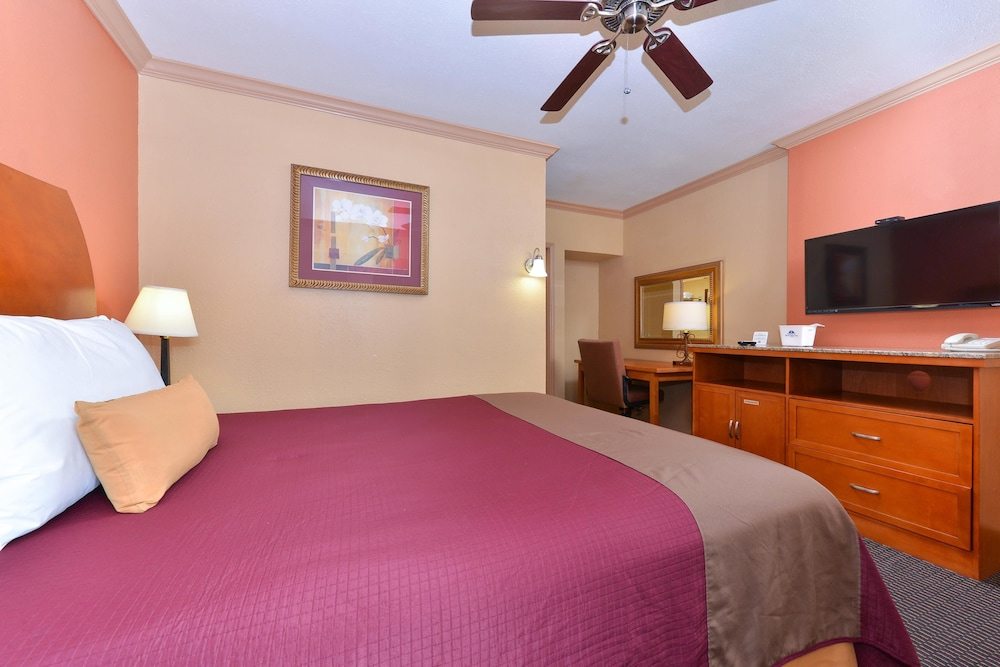 Room, Americas Best Value Inn Porterville