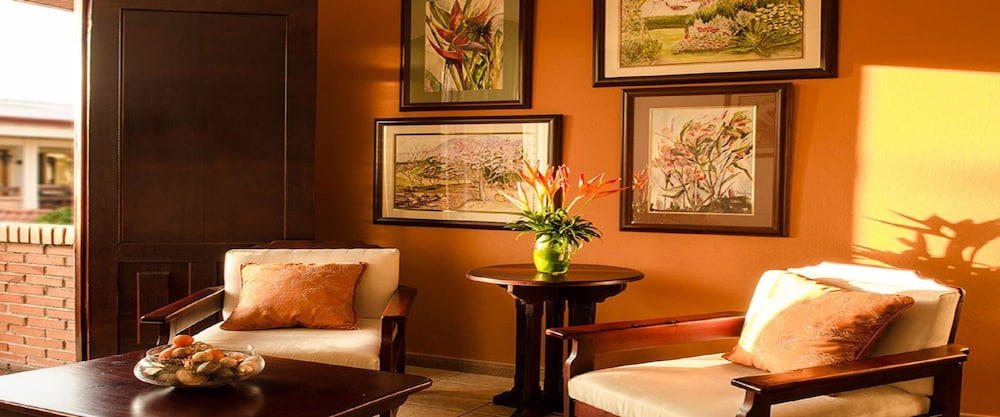 Living Area, La Sabana Hotel Suites Apartments