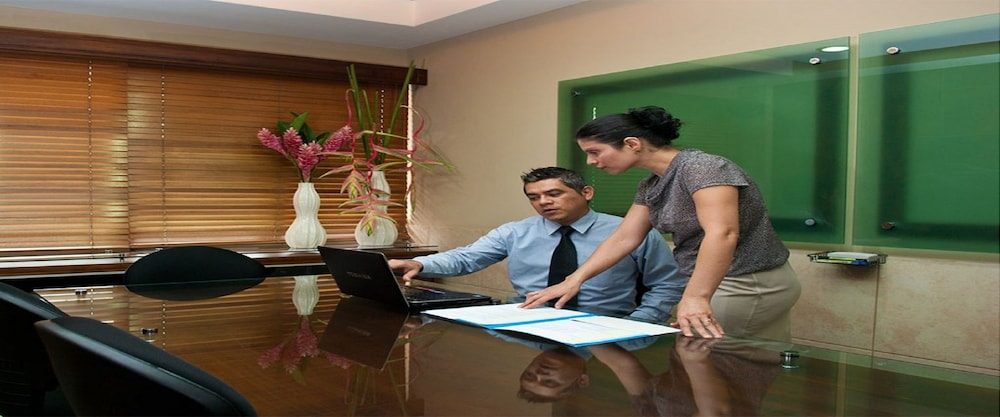 Meeting Facility, La Sabana Hotel Suites Apartments
