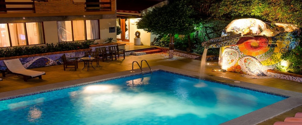 Pool Waterfall, La Sabana Hotel Suites Apartments