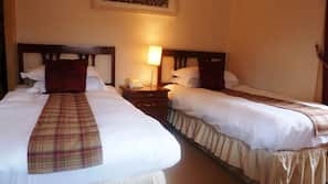 Egyptian cotton sheets, in-room safe, iron/ironing board, free WiFi