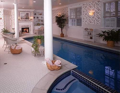 Indoor Pool, Chiltern Inn