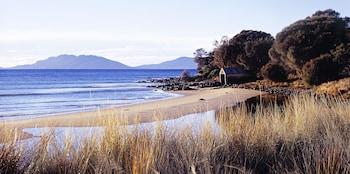 12990 Tasman Highway, 7190 Swansea, Australia.