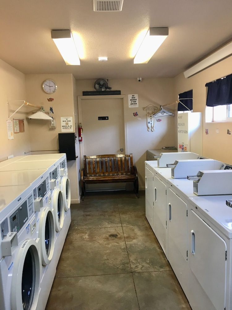 Laundry Room, Canyon Motel and RV Park