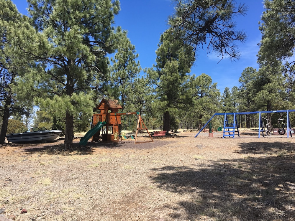 Children's Play Area - Outdoor, Canyon Motel and RV Park