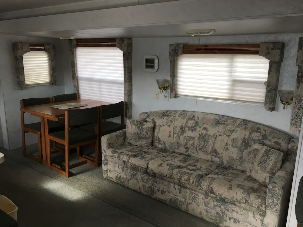 Living Area, Canyon Motel and RV Park