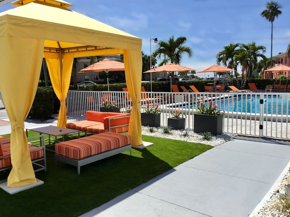 Courtyard, St Pete Beach Suites