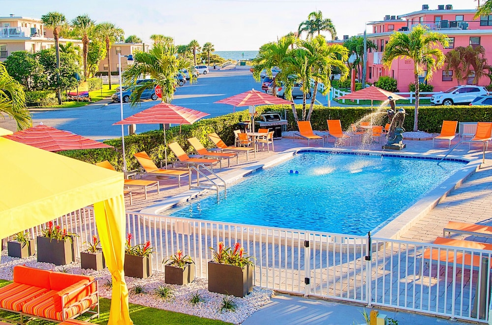 Outdoor Pool, St Pete Beach Suites