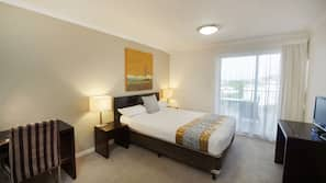 In-room safe, desk, soundproofing, iron/ironing board