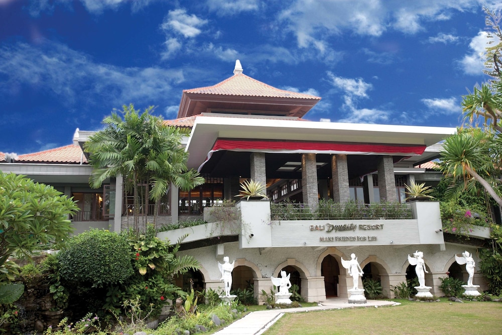 Front of Property, Bali Dynasty Resort
