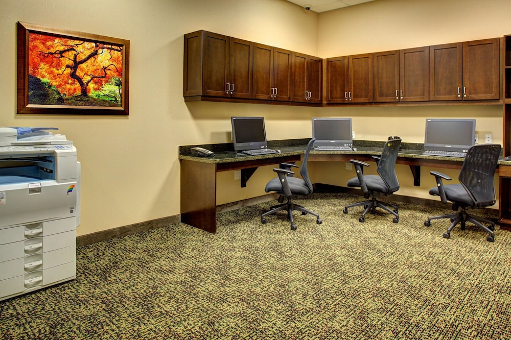 Business Center, Hampton Inn & Suites - Coconut Creek, FL