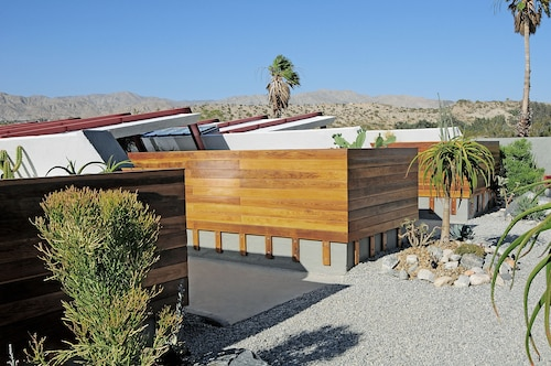 Great Place to stay The Lautner near Desert Hot Springs