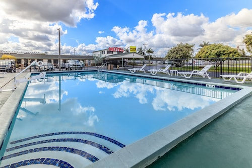 Great Place to stay Budget Host Inn near Florida City