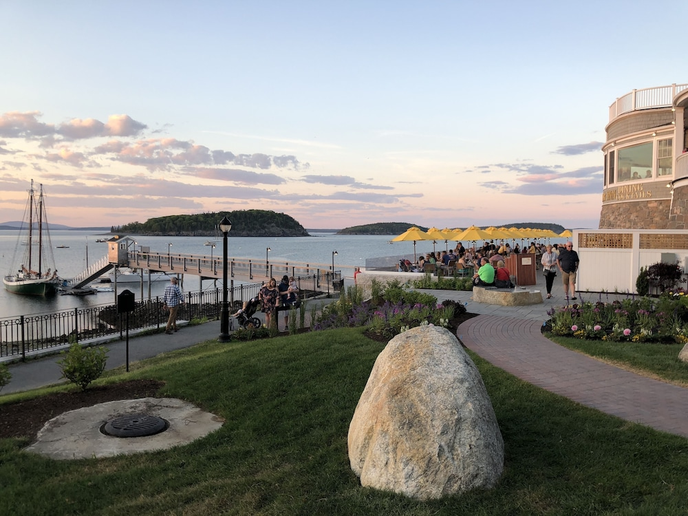 Property Grounds, Bar Harbor Inn