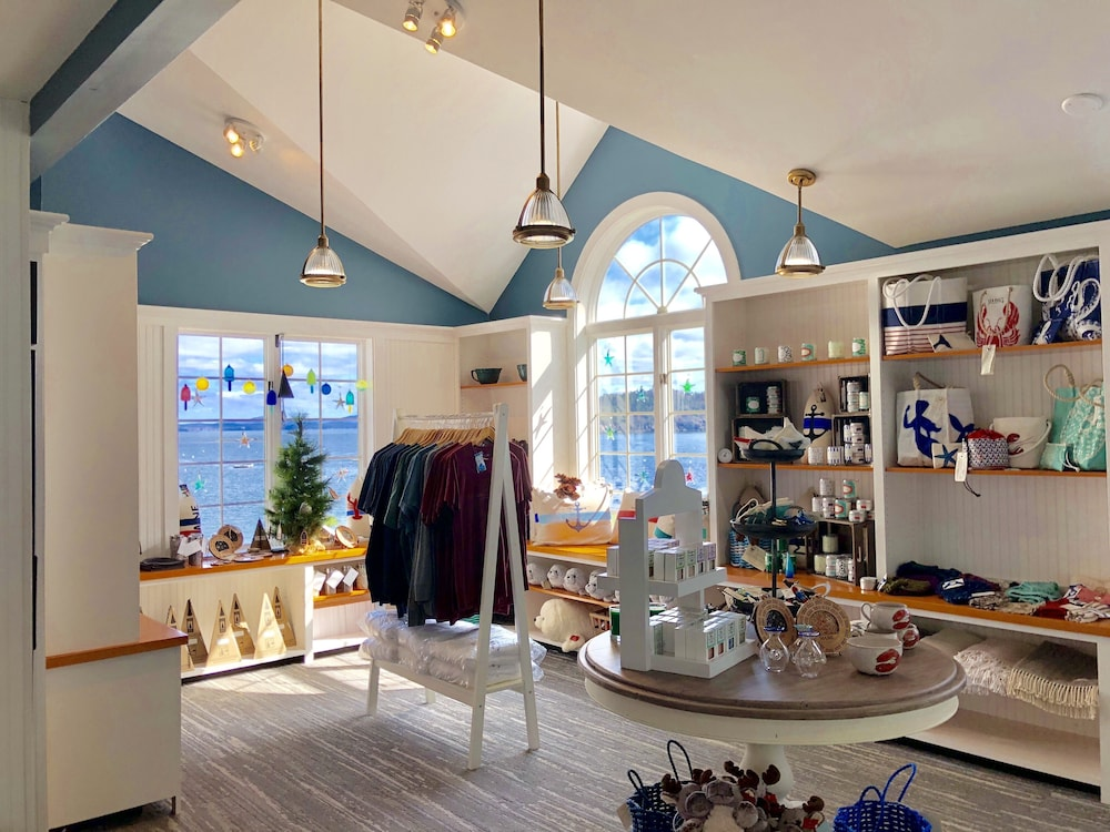 Gift Shop, Bar Harbor Inn