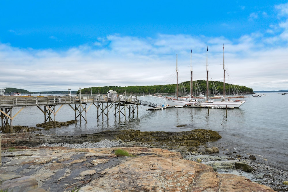 Marina, Bar Harbor Inn