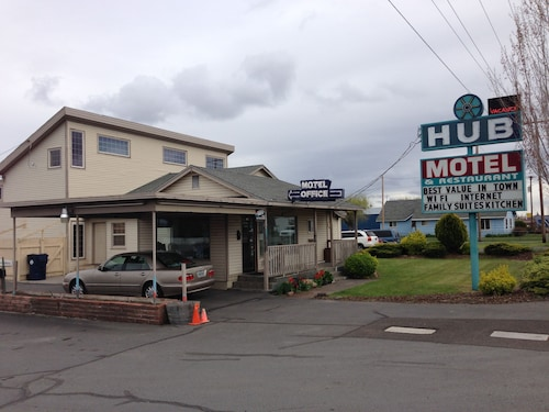 Check Expedia for Availability of The Hub Motel