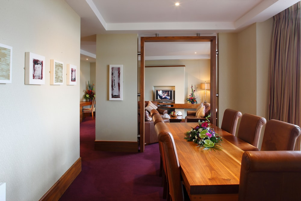 In-Room Dining, Tullamore Court Hotel