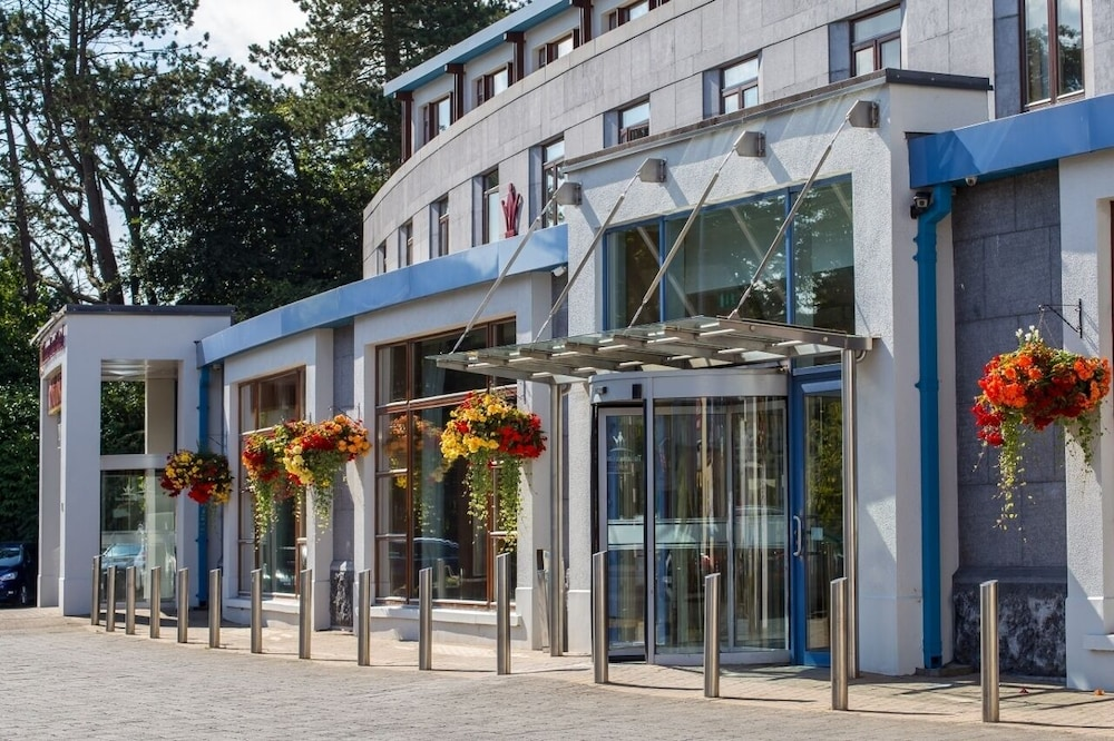 Property Entrance, Tullamore Court Hotel
