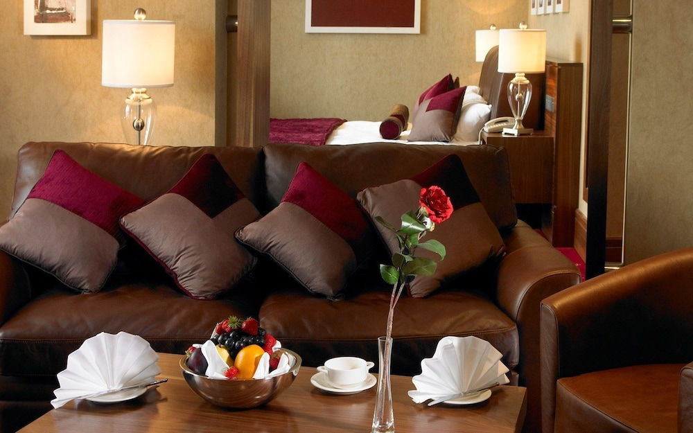 Living Area, Tullamore Court Hotel